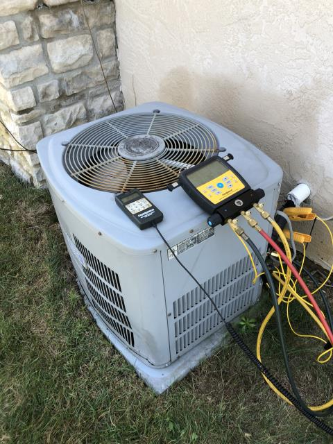 Pickerington, OH - Added 2.5 pounds of R-22 to American Standard AC. System cooling properly at departure.