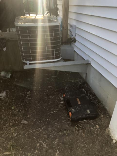 Pickerington, OH - Customer states the capacitor was replaced not too long ago on outdoor unit. Found compressor not engaged. I Replace Compressor-Motor Surge Capacitor