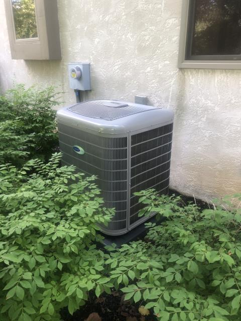 Pickerington, OH - Made adjustments on Carrier system. Changed dehumidify feature to high and airflow from comfort to efficiency. Customer purchased Scheduled Maintenance Agreement. System operating properly at departure.