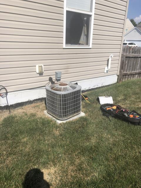 Blacklick, OH - Customer states control board at furnace was replaced in July by a friend. I Turned on ac at thermostat, Ac breaker tripped, I then Reset System. But compressor does not engage right away. Takes a minute or so before compressor engages. Added hard start kit in hopes to get more life out of unit. Compressor engages right away during start up now
