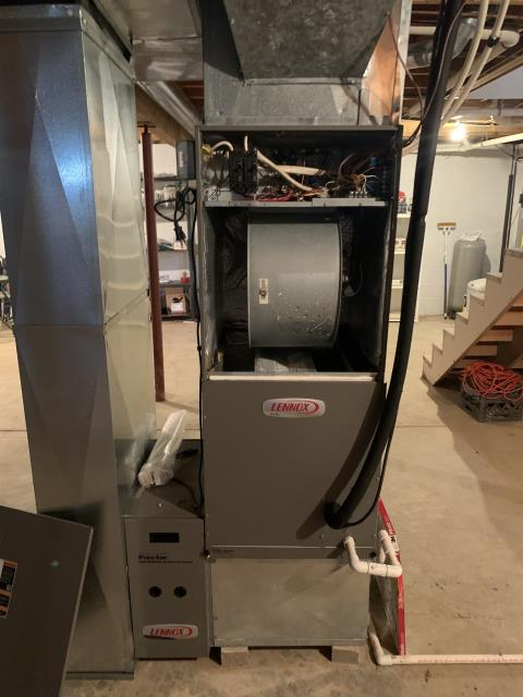 Pataskala, OH - I am Performing our Five Star Tune-Up & Safety Check on a 2009 Lennox Electric Furnace. All readings were within manufacturer's specifications, unit operating properly at this time.