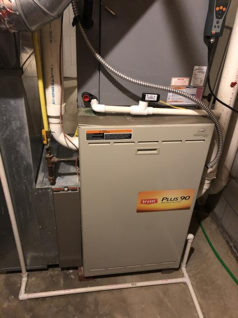 Dublin, OH - I am Performing our Five Star Tune-Up & Safety Check on a 2001 Bryant  Gas Furnace. All readings were within manufacturer's specifications, unit operating properly at this time.