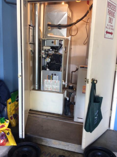 Canal Winchester, OH - 	I am Performing our Five Star Tune-Up & Safety Check on a  2002 Bryant Gas Furnace. All readings were within manufacturer's specifications, unit operating properly at this time.