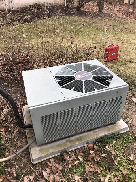 Reynoldsburg, OH - I completed a diagnostic on a 2002 Rheem Air Conditioner. I tested the system and found the cpa reading at 43/3 out of 45/5, found the compressor was bad, tried to start the a/c and blew the breakers and fuse. Sent the customer an estimate for repair and replacement.