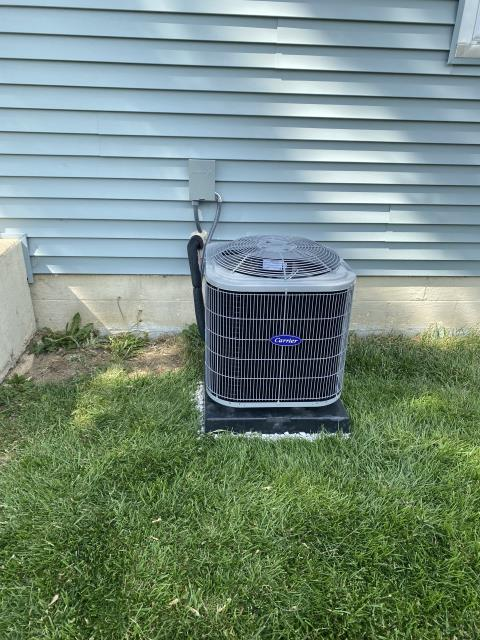 Groveport, OH - After removing the previous air conditioner, I installed a Carrier 13 SEER 2 Ton Air Conditioner.  Cycled and monitored the system.  Operating normally at this time.  Included with the installation is a free 1 year service maintenance agreement.