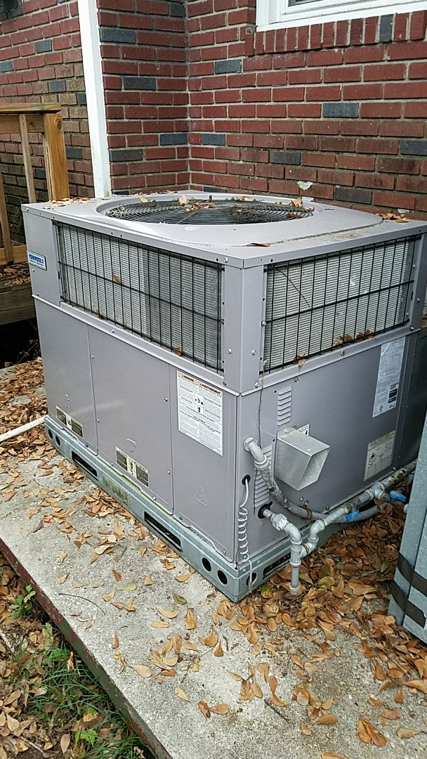 North Charleston, SC - Tempstar furnace repair. Found service gas valve closed. Opened and checked operation.