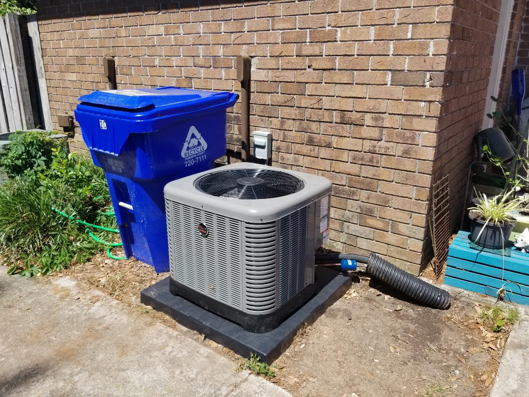Charleston, SC - Installed 2 ton RUUD Achiever air conditioning system due to previous HEIL system having a major R-22 Freon leak in the evaporator coil.