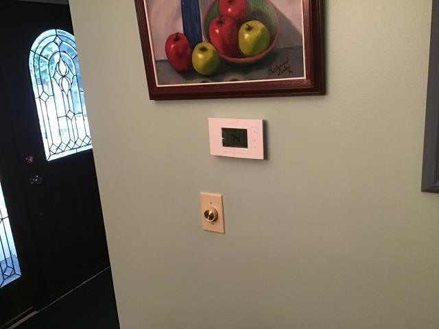 Centerville, OH - Replacing old thermostat with new WiFi stat for customer