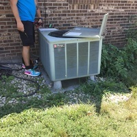 Springfield, OH - 2009 Rheem Air Conditioner confirmed to have a faulty capacitor. Dual Capacitor 40+5 replaced and the compressor and unit are fully operational upon technician departure.