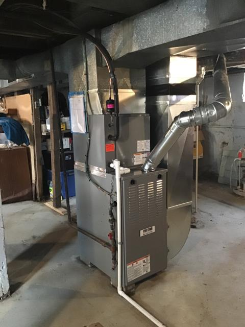 Xenia, OH - Installing a Five Star 80% Gas Furnace , Honeywell T6 Pro Thermostat and a Five Star up to 13 SEER Air Conditioner