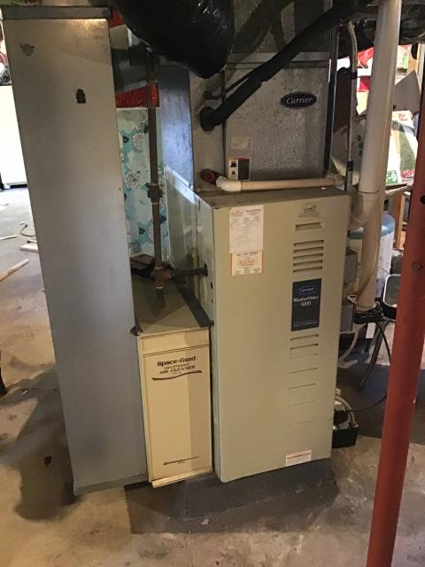 Yellow Springs, OH - Customer would like to replace their current 1997 AC unit. Providing Customer with an Estimate for  a Five Star up to 13 SEER unit.
