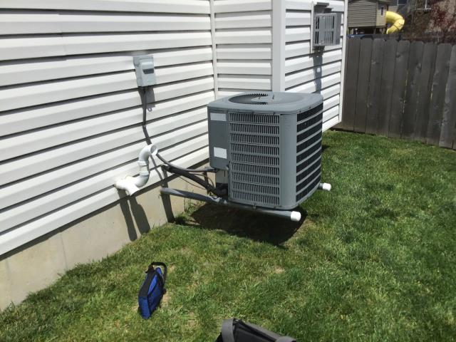 Huber Heights, OH - I provided the customer with a free estimate for a new Air Conditioner.