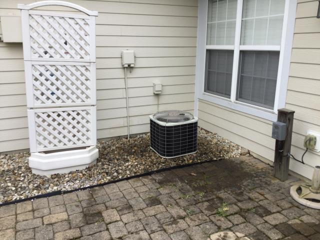 Dayton, OH - Performed Five Star tune up and safety check on 2004 Bryant AC unit . System is running at optimal performance for the summer season.