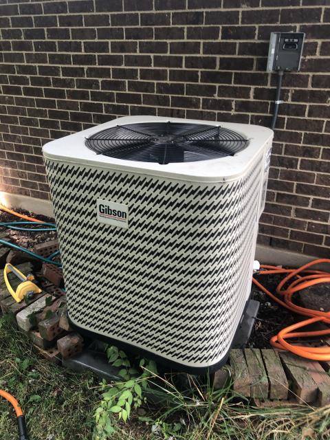 Huber Heights, OH - I added Easy Seal  along with 2.1 pounds of Refrigerant R-410A Puron to the 2011 Gibson  Heat Pump
