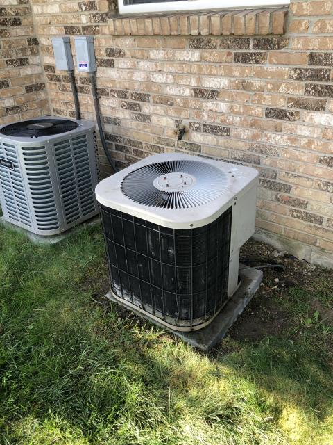 Miamisburg, OH - Customer advised indoor fan has been running non stop. Checked blower motor at the furnace system was not running the fan that the customer heard was not part of the HVAC system it was actually the bathroom vent fan turned it off for customer no charge