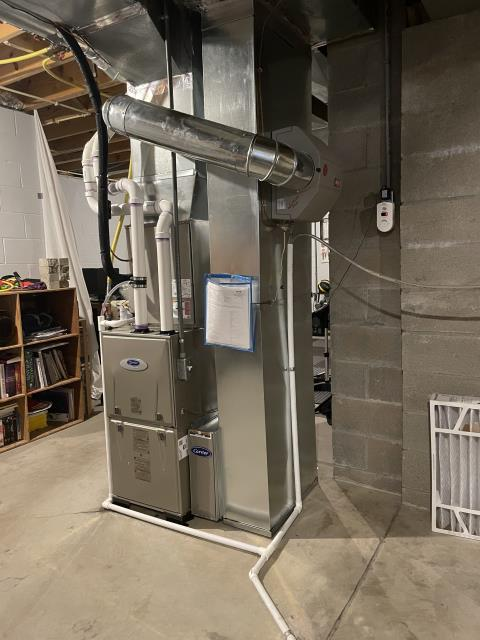 Xenia, OH - I removed a Goodman Gas Furnace and installed a five star 80% 45,000 BTU Gas Furnace and a five star 13 Seer 2 ton air conditioner. Included with the installation is a free 1 year service maintenance agreement.