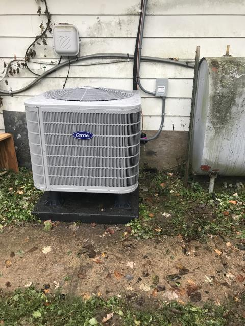 Dayton, OH - I completed the scheduled maintenance agreement 2020 Carrier Heat Pump.  Inspected heat pump.  Checked voltages and amps.  Cycled and monitored both systems.   Operating normally at this time.