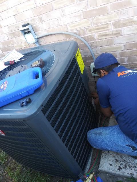 Edinburg, TX - INSTALL NEW 4TON 16SEER GOODMAN SPLIT HVAC SYSTEM AND IWAVE-R AIR PURIFIER.