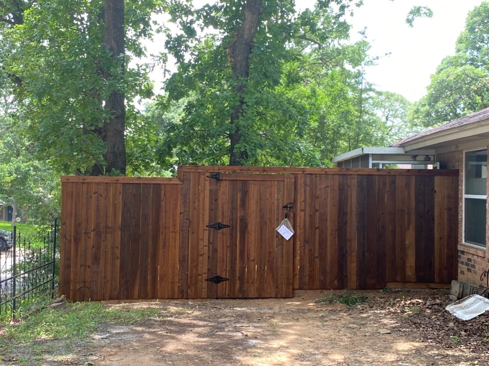 Grapevine, TX - Just finished replacing a fence in Grapevine.
