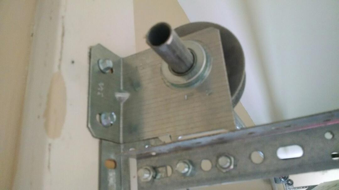 Cumming, GA - Garage door repair bearing brackets