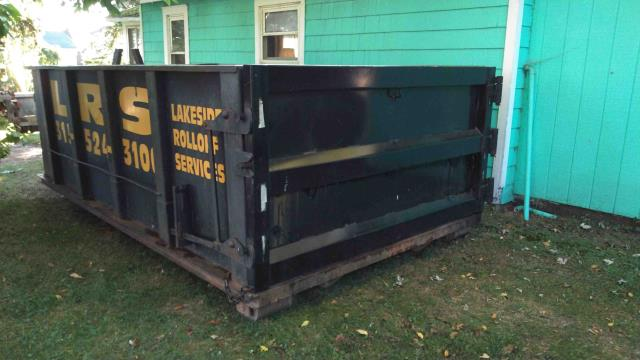 Sodus Point, NY - 15 yard dumpster delivered from our Ontario Branch this morning to Sodus Point NY. Here at Lakeside we are committed to be you best choice for all of you exterior building materials & dumpster needs. * Quality * Service * Price WE DELIVER !