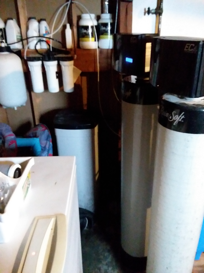 Fairbank, IA - Changed filters in UF50 water system and changed F8 iron filter. Providing rainsoft customer with rust free water