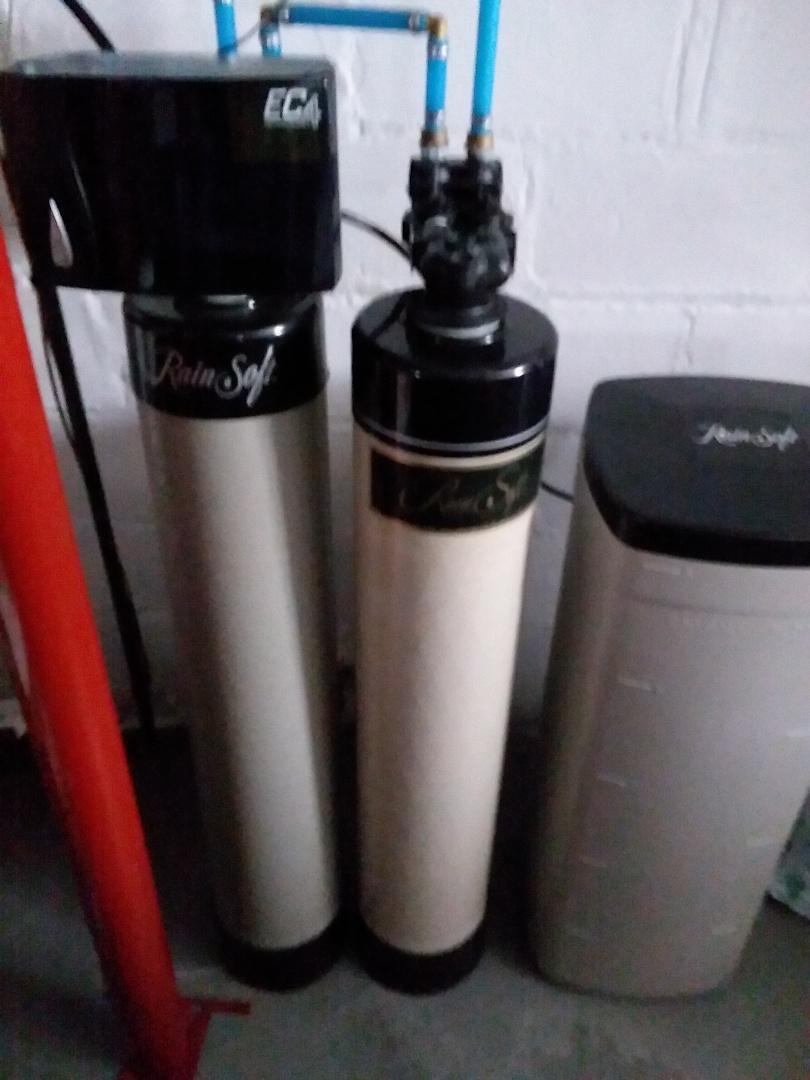 Cedar Rapids, IA - Changed chlorine filter. Providing rainsoft customer with safe water that won't damage appliances