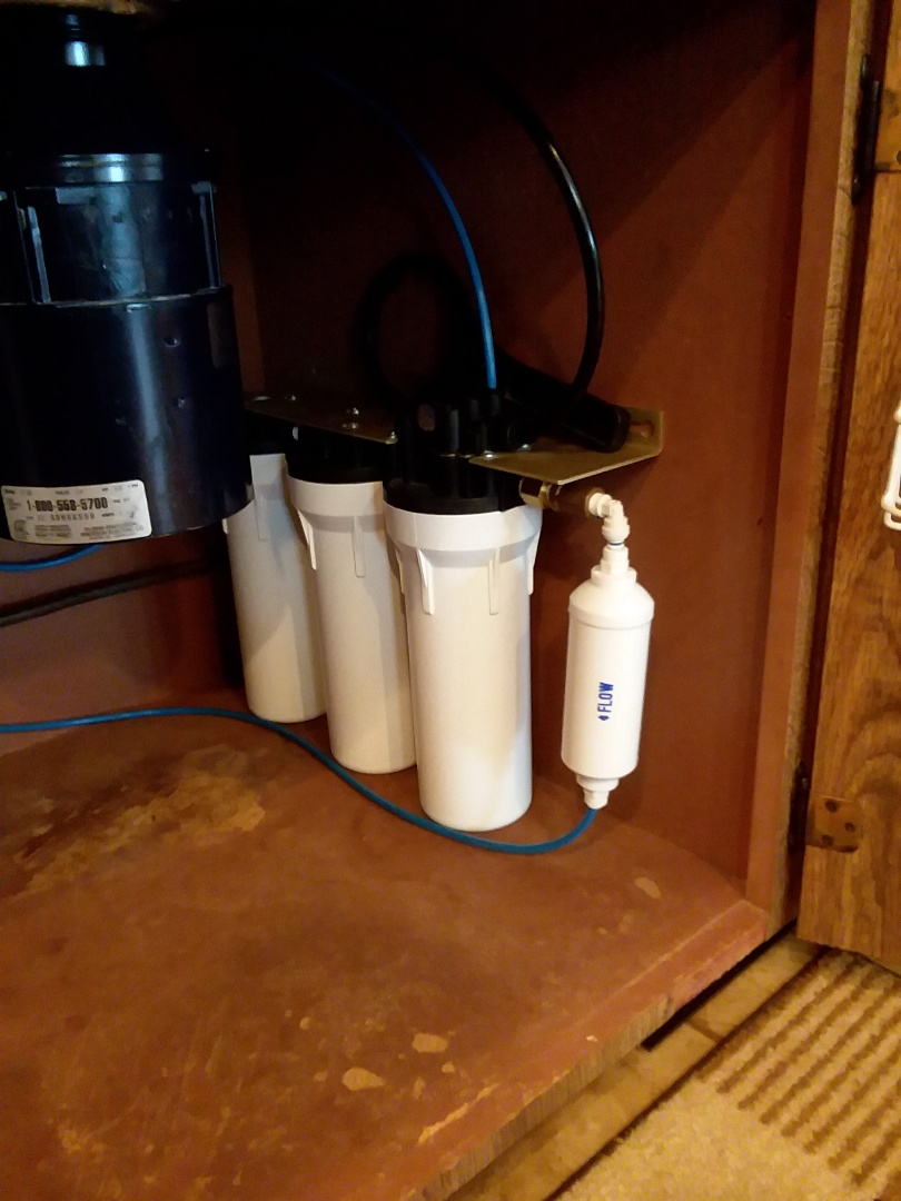 Masonville, IA - Changed filters on 9596 water purification system. Providing rainsoft customer with excellent drinking water