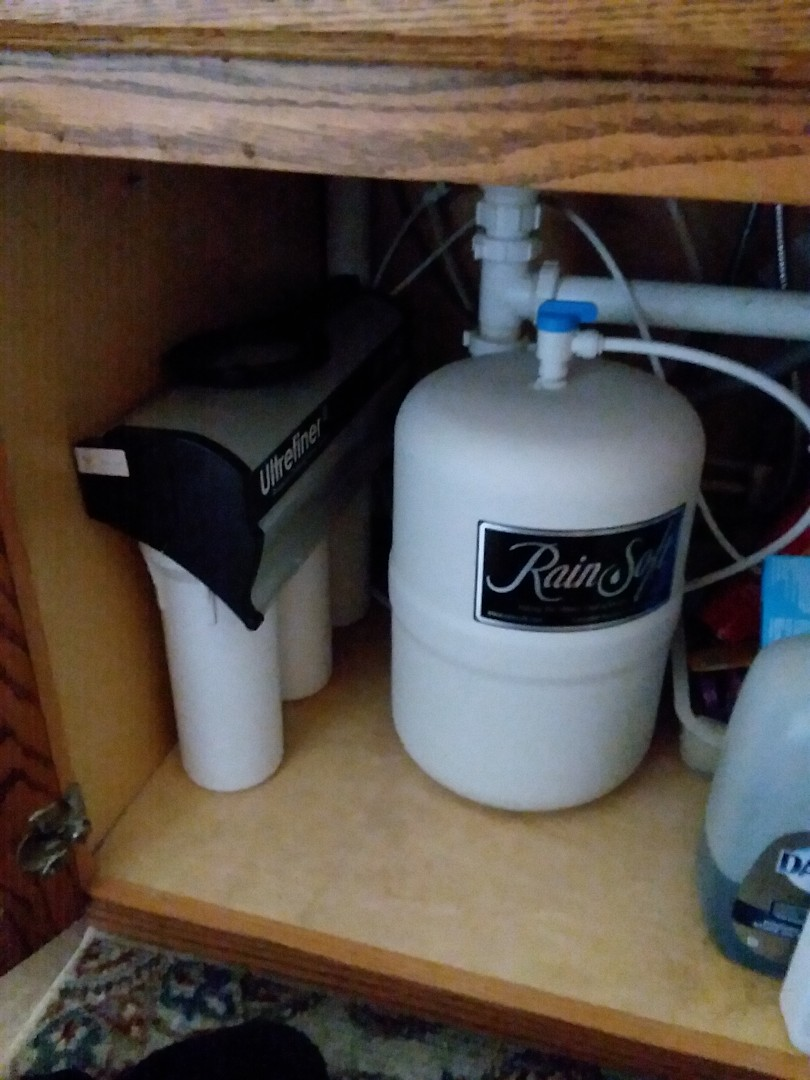 Eldora, IA - Changed filters on UFII water purification system. Providing rainsoft customer with excellent drinking water