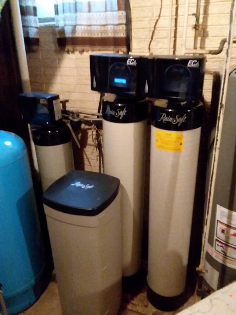 Waterloo, IA - Changed out oxytech iron filter. Providing rainsoft customer with rust free water