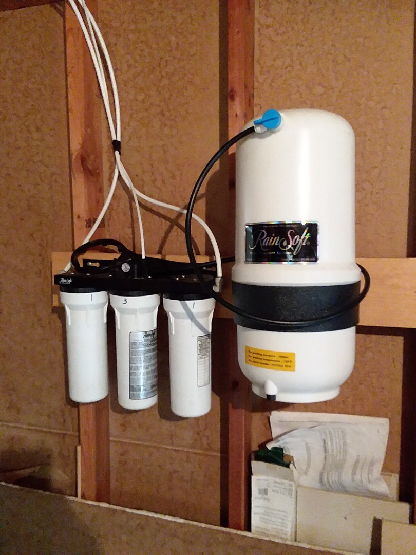 Waucoma, IA - Changed filters on UF50 water purification system. Providing rainsoft customer with excellent water that is safe to drink and free of contaminates