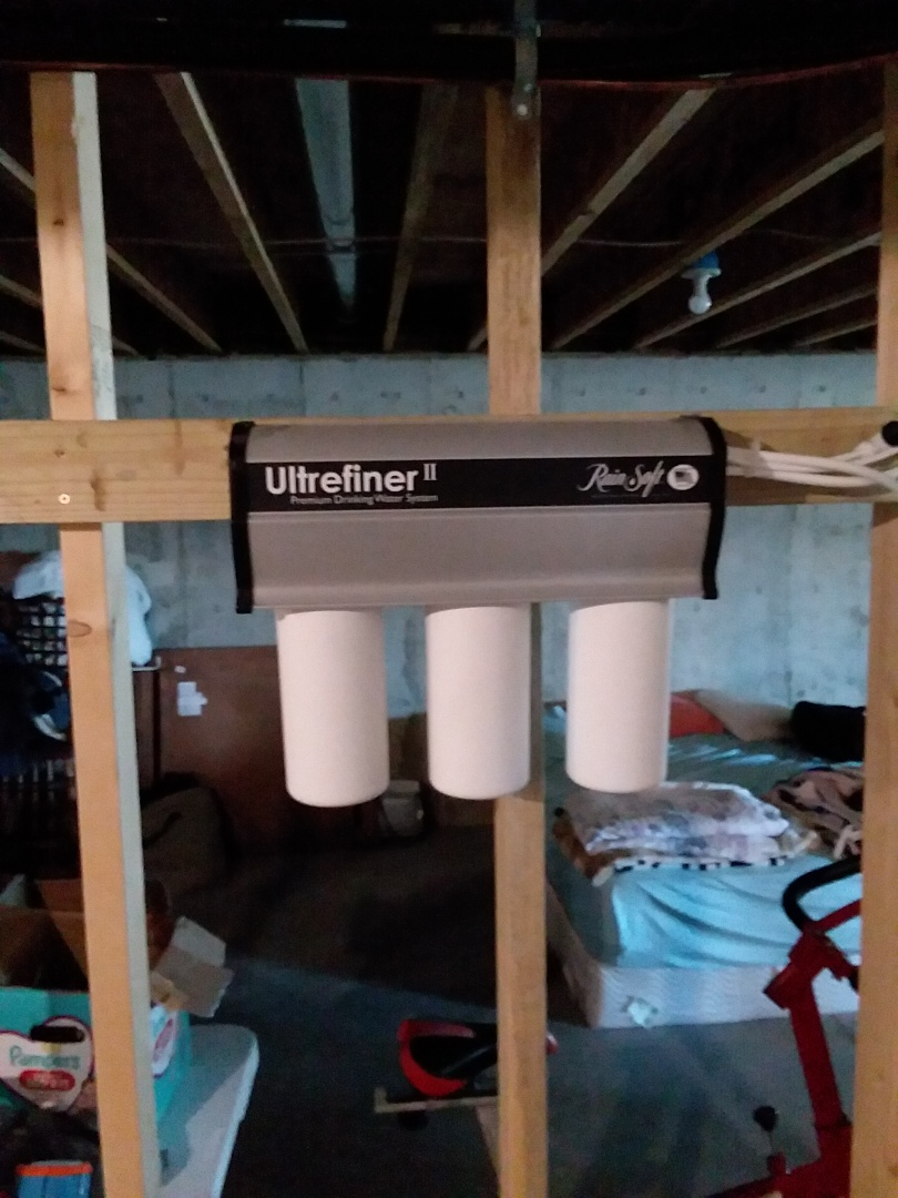 Monticello, IA - Changed filters on UFII water purification system. Providing rainsoft customer with excellent drinking water that is safe for consumption and free of contaminates