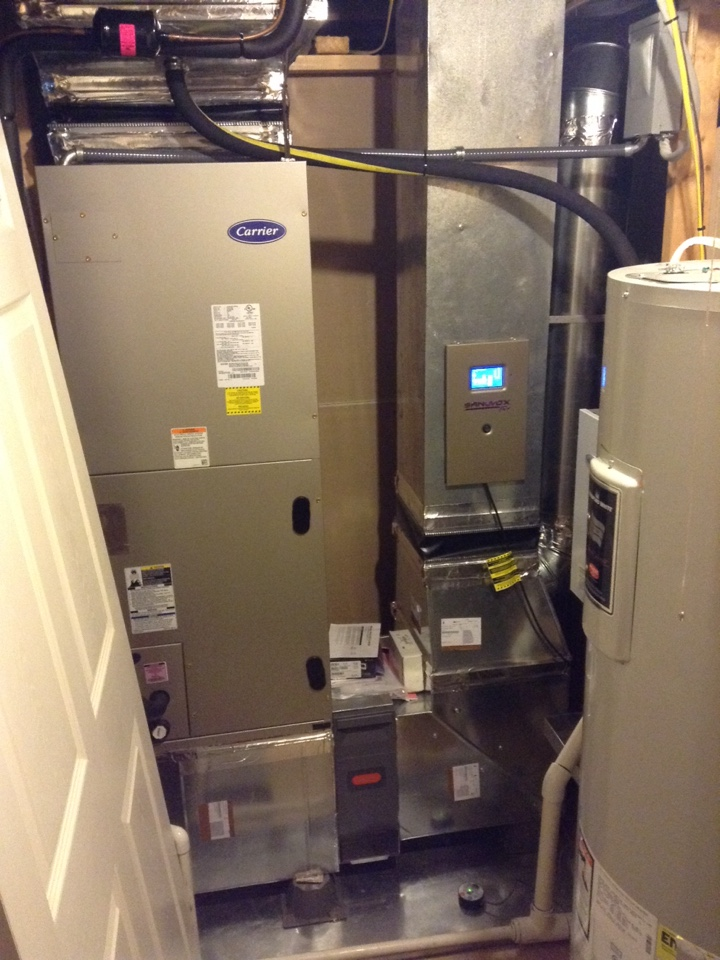 Purcellville, VA - Performed a routine maintenance on a Carrier Infinity Heat Pump.