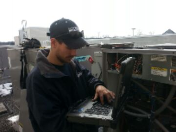 Brambleton, VA - working on carrier comfort link.having a control problem on the can net work