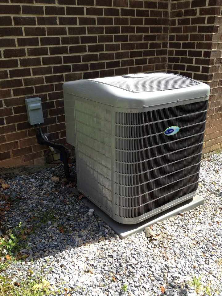 Oakton, VA - Performed ac inspection on a carrier infinity system with a Honeywell electronic air cleaner, Aprilaire humidifier and sanuvox r+ air purifier.