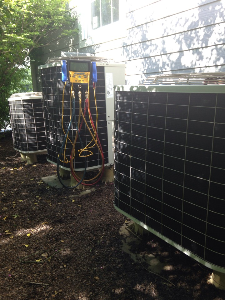 Purcellville, VA - Performed cooling inspections on Bryant/Carrier ac systems.