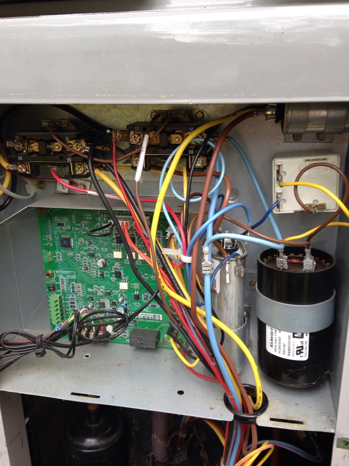 Annandale, VA - Replaced weak 25 micro farad run capacitor on a carrier heat pump system during cooling inspection