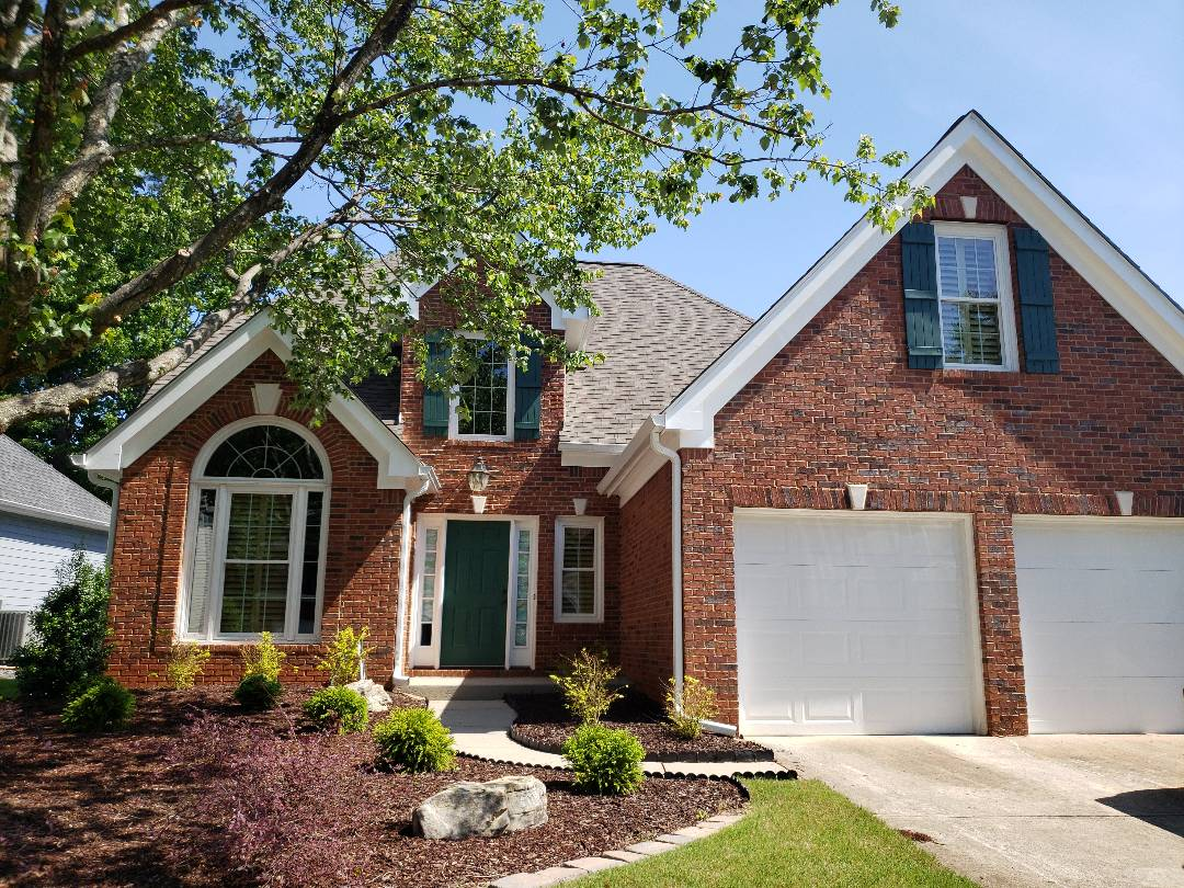 Norcross, GA - Painting the exterior of the house with Sherwin Williams Resilience