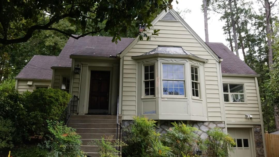 Atlanta, GA - Updating a beautiful historic home in downtown Atlanta with Sherwin Williams resilience.