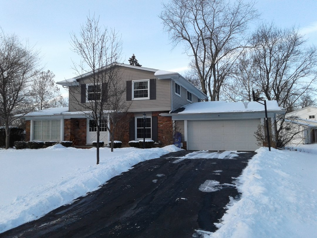 West Bloomfield Township, MI - Another home with peace of mind and complete protection from snow on their roof!