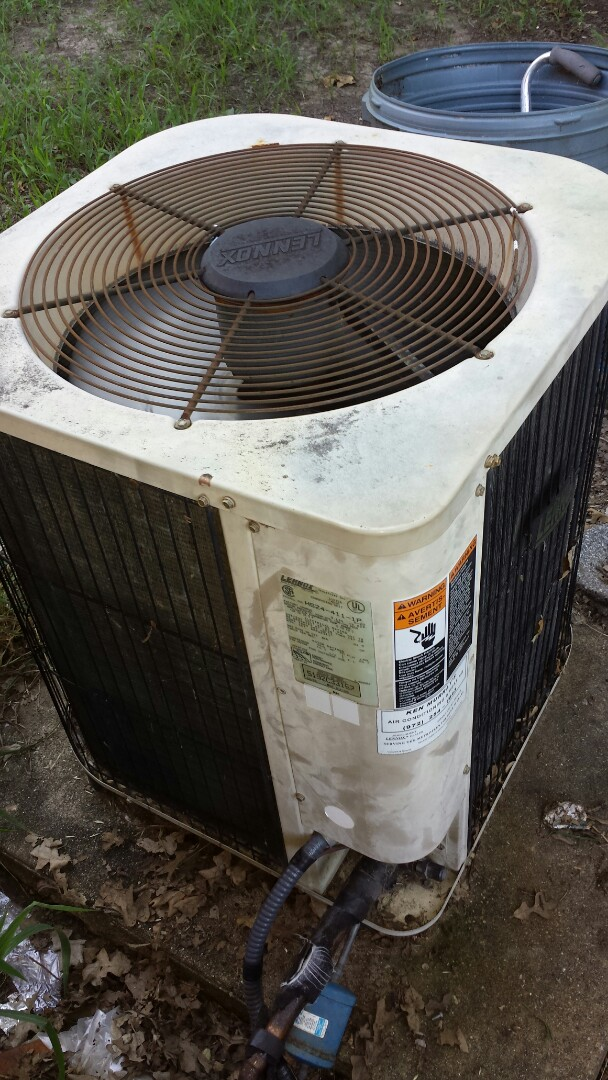 Irving, TX - Re charge system with r22.  1994 lennox unit. Low charge, no cooling.