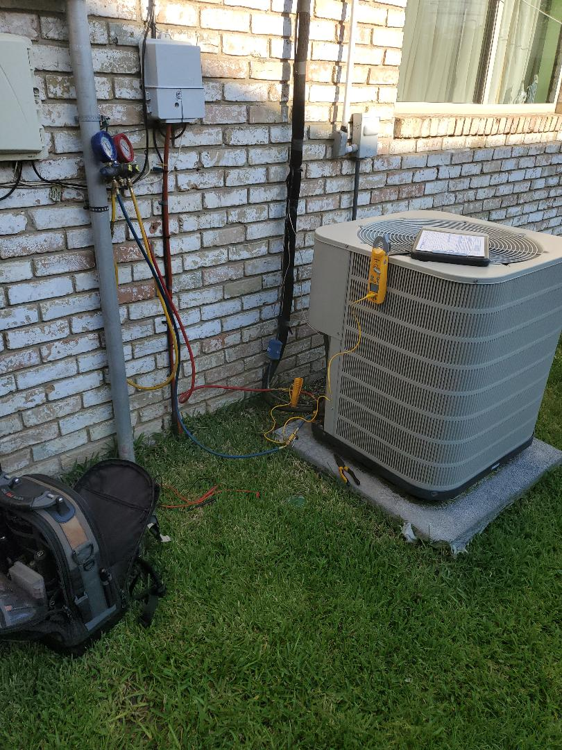 Plano, TX - Completing a 2 Staten AC maintenance
