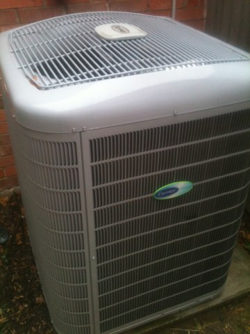 Addison, TX - Air conditioning tune up of a Carrier 24ANB760 system, more efficient and ready for a long hot summer.