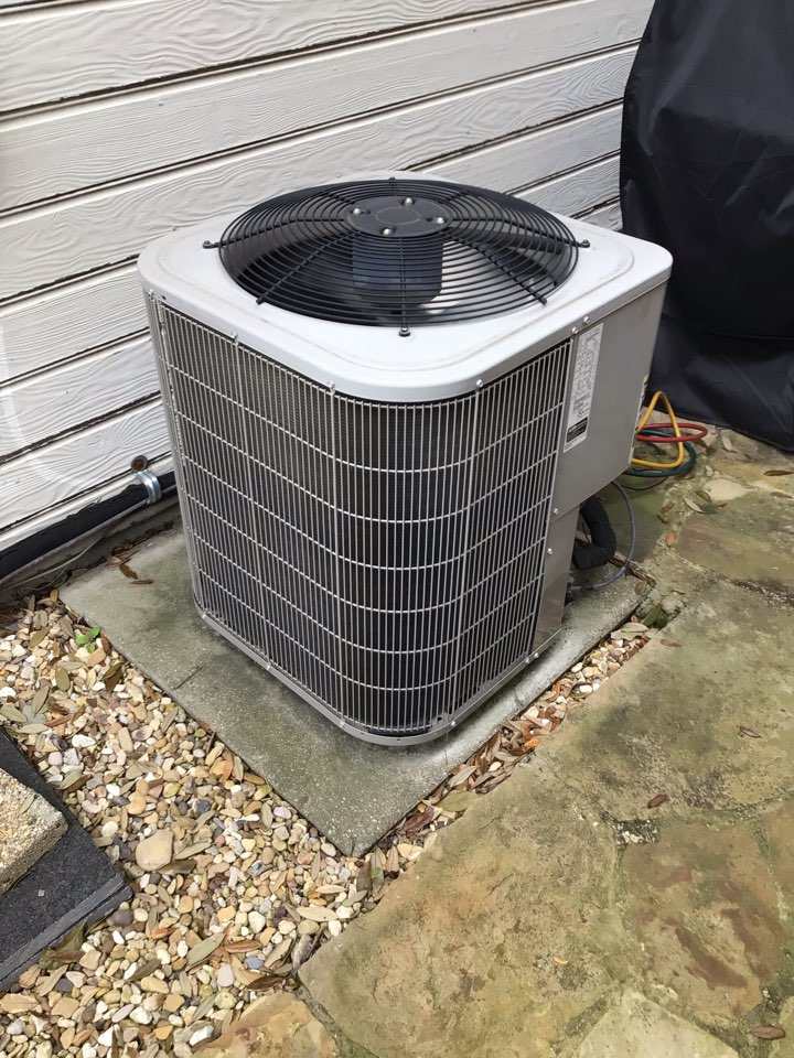 Dallas, TX - Performing a cooling tune up on two Bryant systems