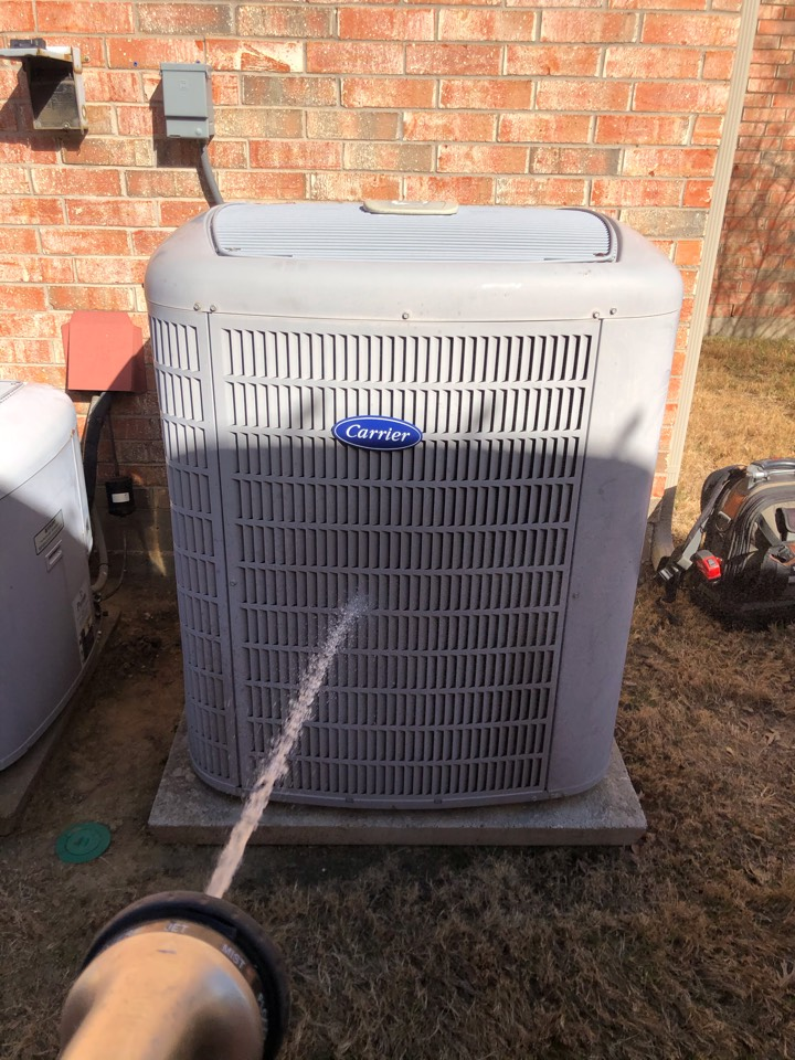 Lewisville, TX - 2 system CARRIER Air conditioning maintenance
