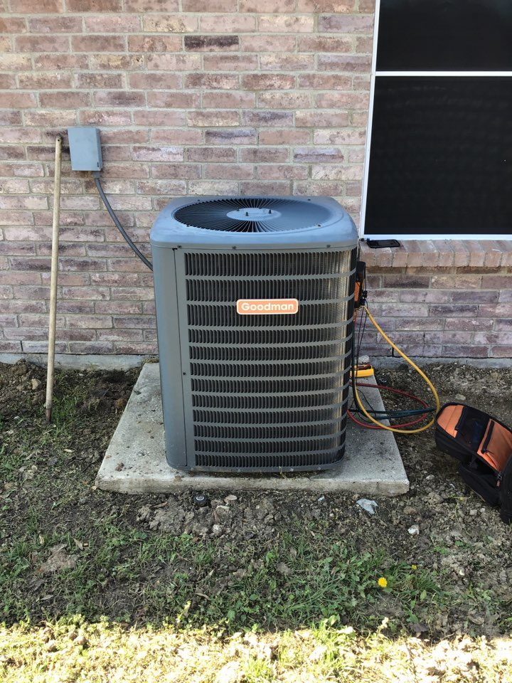 Little Elm, TX - Air conditioning maintenance, AC tune up, AC maintenance, air conditioning company, coil cleaning