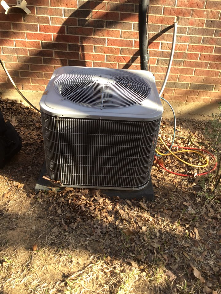 Highland Village, TX - Air conditioning maintenance, AC maintenance, AC tune up, air conditioning company, coil cleaning
