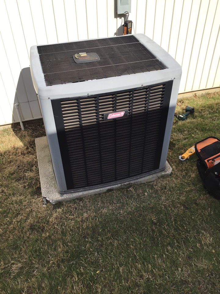 Carrollton, TX - Performing a cooling tune up on one Coleman system