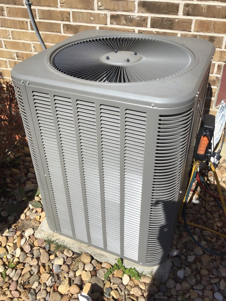 Frisco, TX - AC maintenance, AC tune up, air conditioning company, coil cleaning, air conditioning maintenance