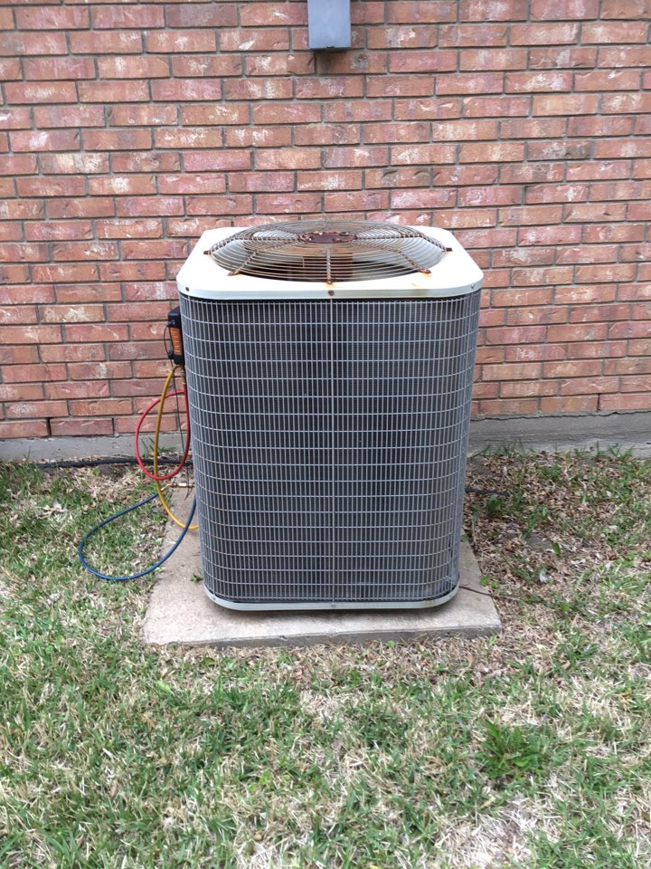 The Colony, TX - Air conditioning maintenance and coil cleaning
